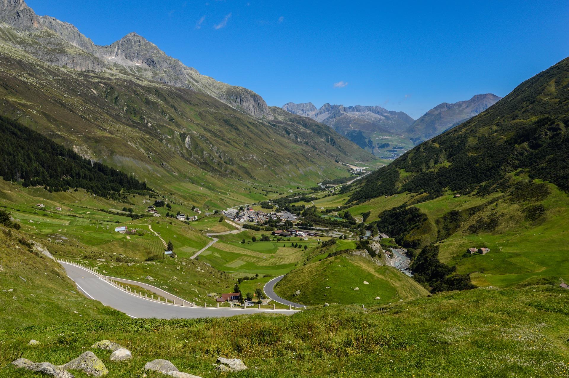 motorradtouren in der schweiz