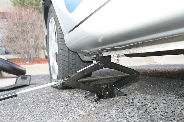 Die 6 grössten Fehler beim Reifenwechsel - Wagenheber
