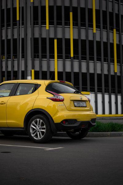 Beste Autofarben gegen Schmutz - Gelbes Auto