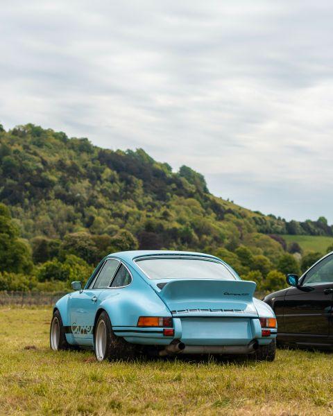 Beste Autofarben gegen Schmutz - Himmelblaue Farbe