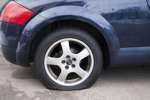 Gibt es Reifen, die unplattbar sind - Platten