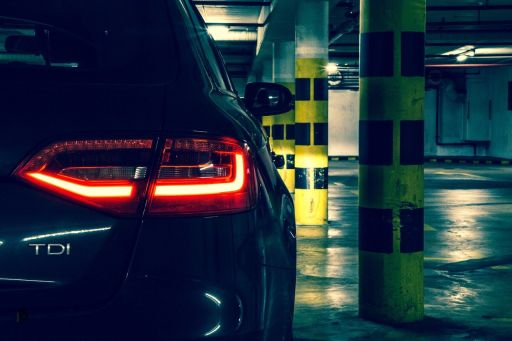 Die besten Felgen für meinen Audi A4 - A4 in der Tiefgarage